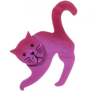 Cette broche représente un chat de couleur fuchsia