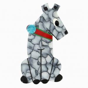broche chien timide gris marbre
