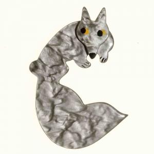 broche goupil gris