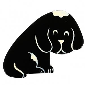 chien rond noir face