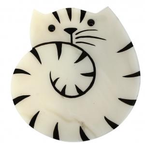 chat escargot blanc